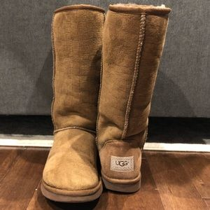 Tall Uggs rare pattern